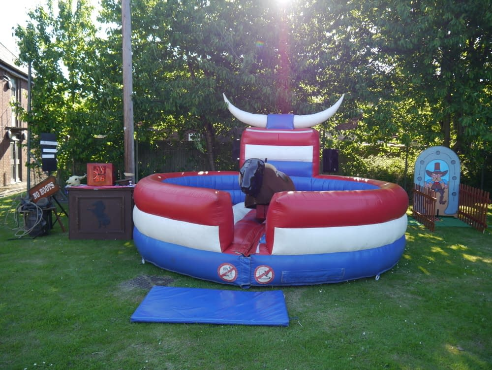 RODEO BULL HIRE/ BUCKING BRONCO HIRE LONDON - ESSEX - SURREY - HERTS
