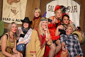 SALOON PICTURE AREA
