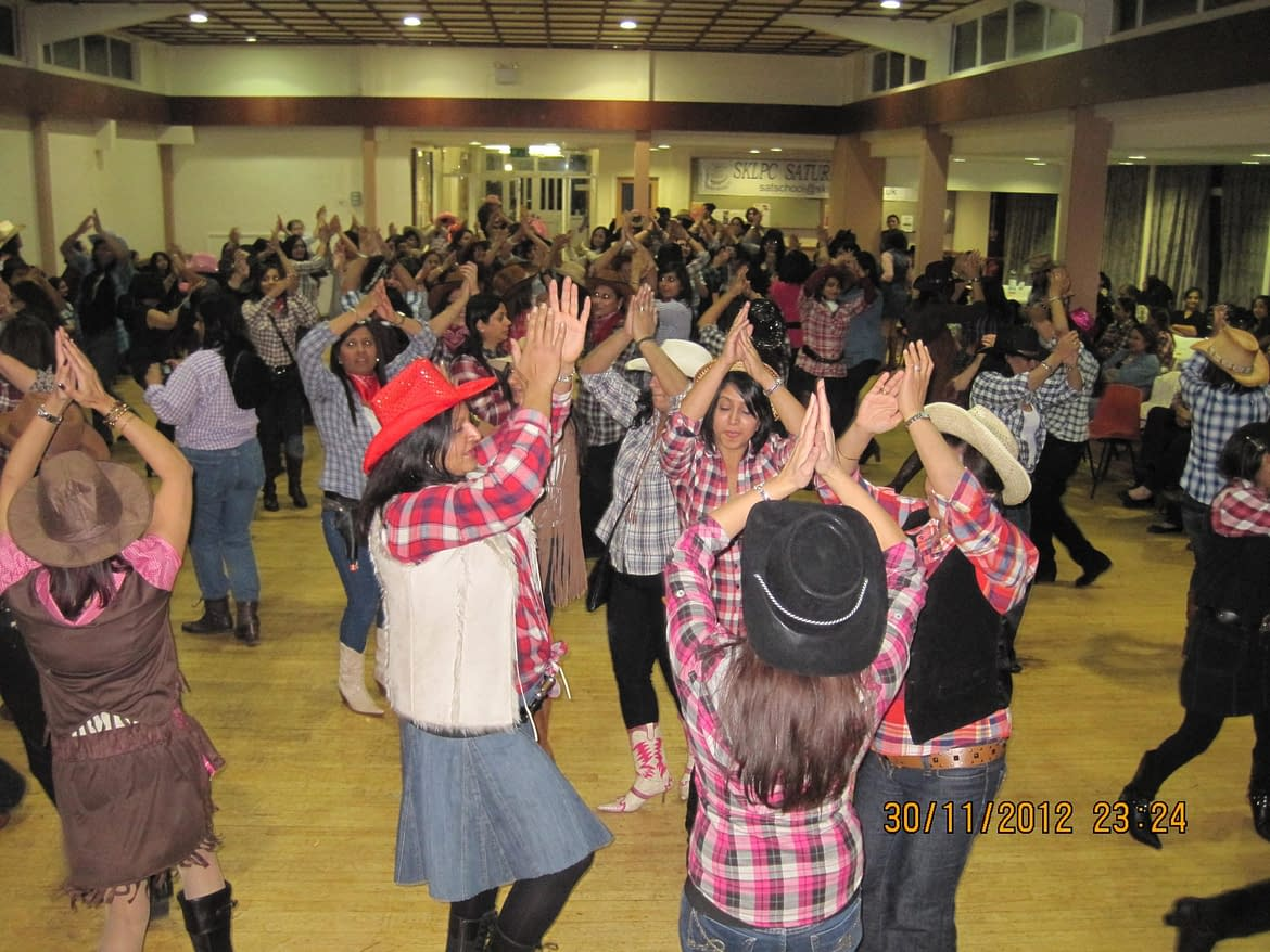 BARN AND LINE DANCE CALLER HIRE STAFFORDSHIRE