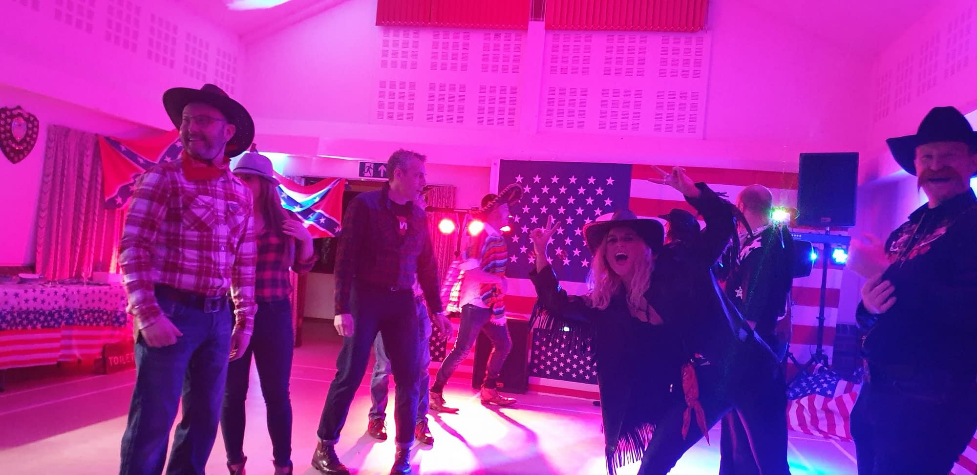 BARN DANCE CALLER IN NEWBURY BERKSHIRE