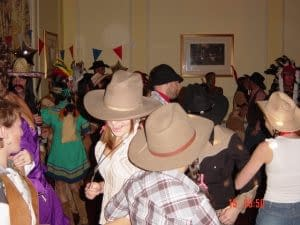 BARN DANCE AND LINE DANCE CALLER HIRE