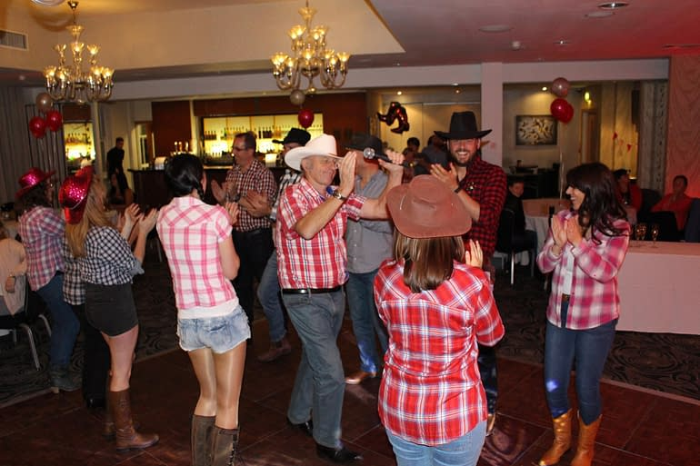 BARN DANCE CALLER HIRE